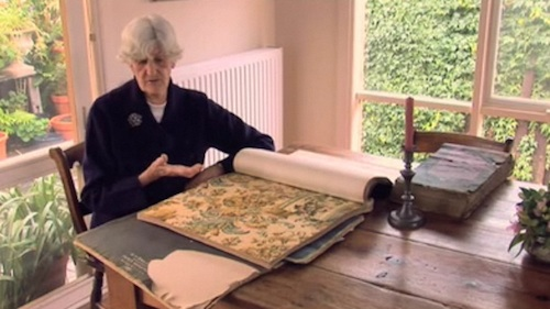 Phyllis Murphy discussing wallpaper